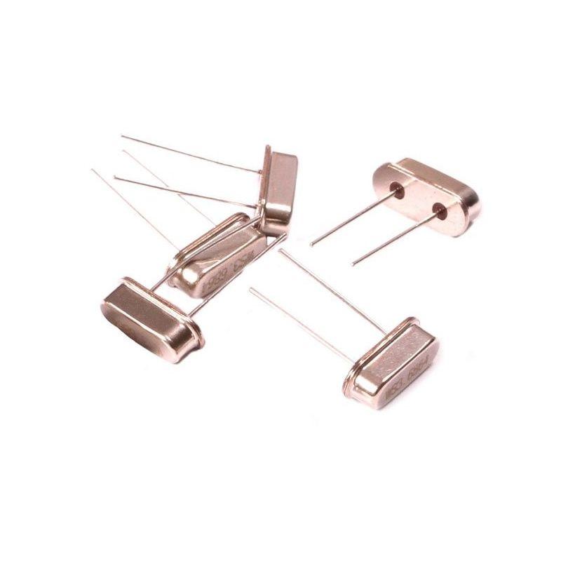 5x Quartz Crystal Oscillator 3,6864 MHz