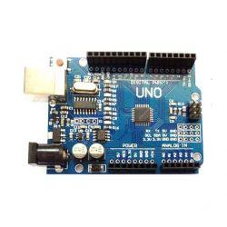 Um Arduino compatível com placa CH340