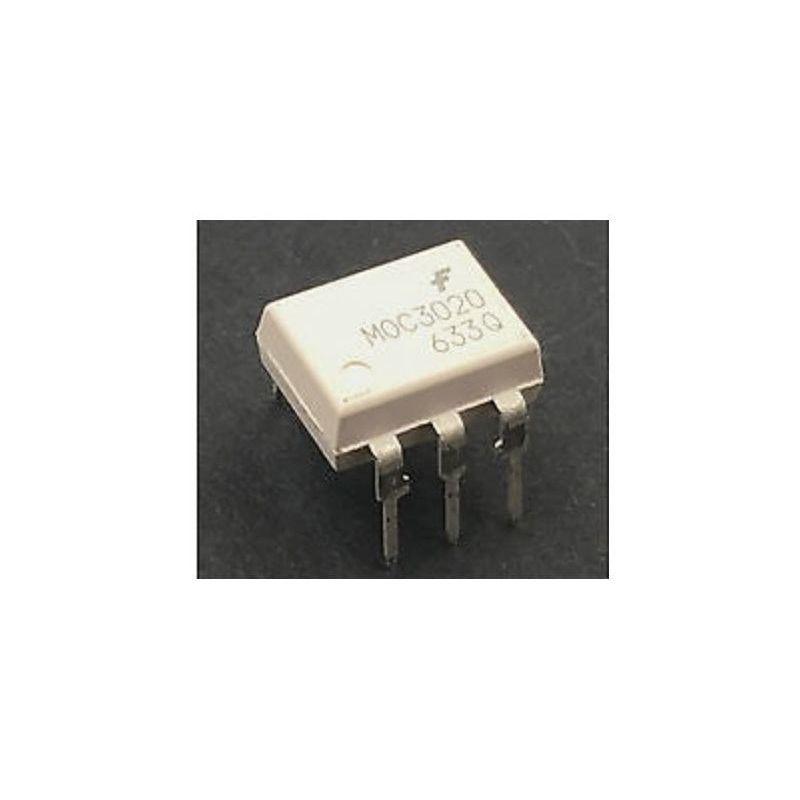 2x MOC3020 Optocoupler 400V